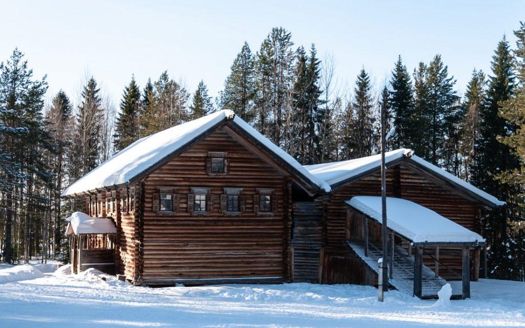 loft in cabin