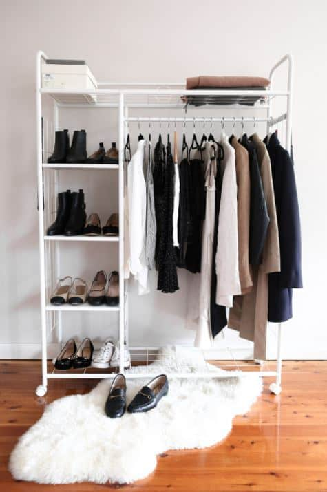 minimal capsule wardrobe